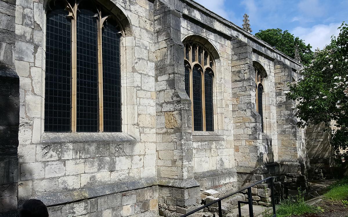 St Olaves kirke i York ble viet den norske helgen St Olaf, i 1055.