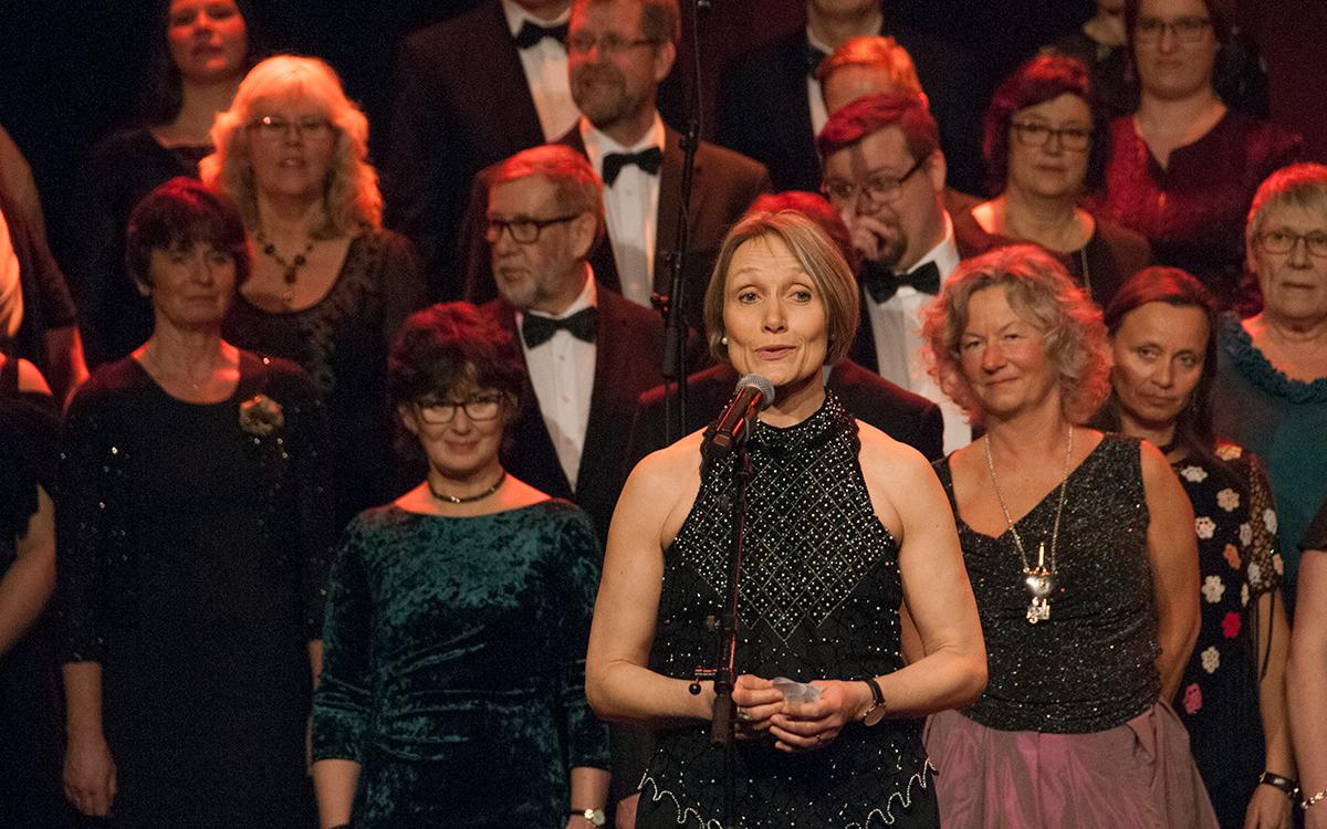 Sigrid Johanne Langsjøvold leder Solheimkoret med sikker hånd gjennom jubileumsåret 2018.