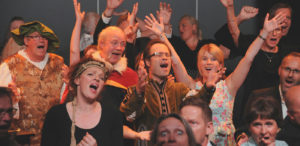 Er du mann og liker å synge? Foto: Henning Ramseth.
